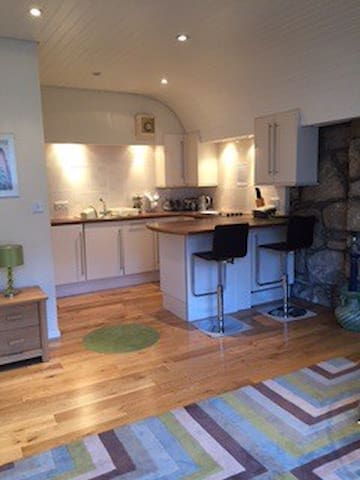 Perfect city centre new town flat