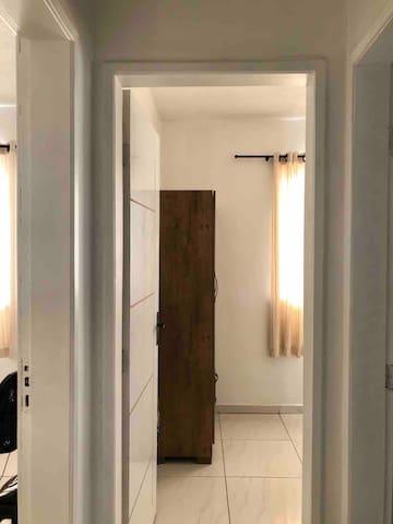 Final do corredor para acesso ao quarto 2, 3 e banheiro social