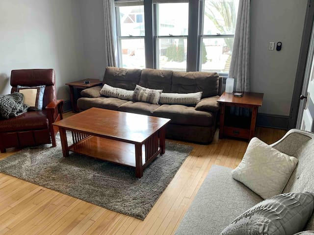 Riverwest 3 BR Lower Unit
