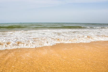 Comfy Room  2 minutes off Candolim Beach - Candolim - Bed & Breakfast