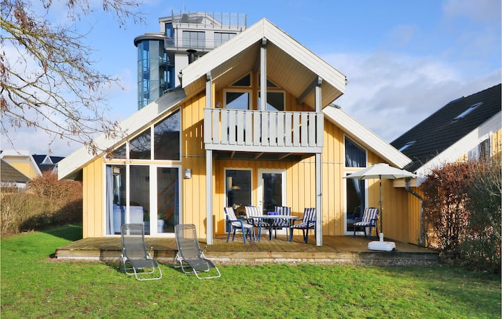 Nice home in Rechlin with Sauna and 2 Bedrooms