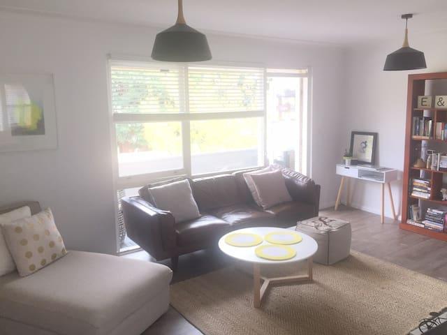 Spacious 3 bedroom apartment in heart of Mosman - Mosman - Apartment