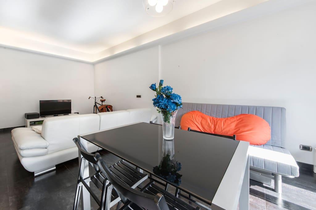 Chambre et salle de bains privative appartements louer for Salle de bain italie