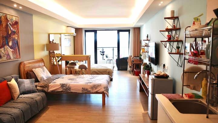 阳江海陵岛敏捷黄金海岸十里银滩自营家庭观海景大床房度假公寓楼下沙滩水上乐园