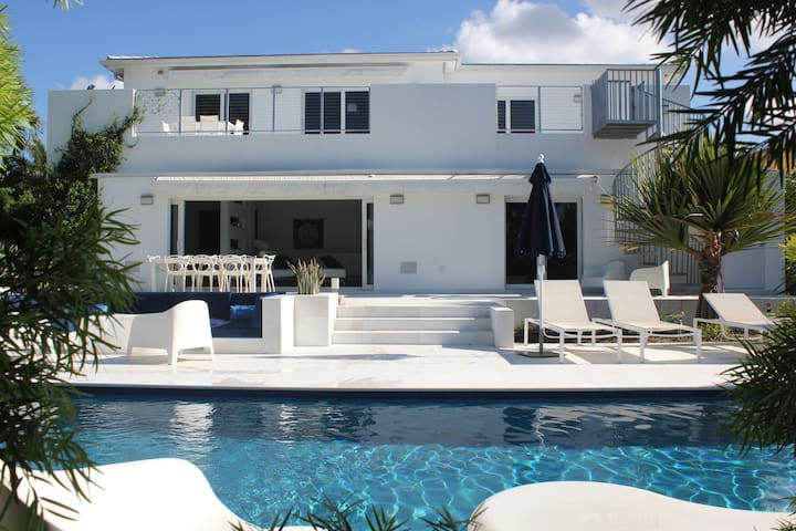 Heaven on the canal - Miami Shores - House