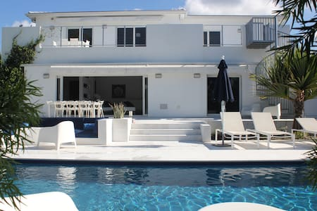 Heaven on the canal - Miami Shores
