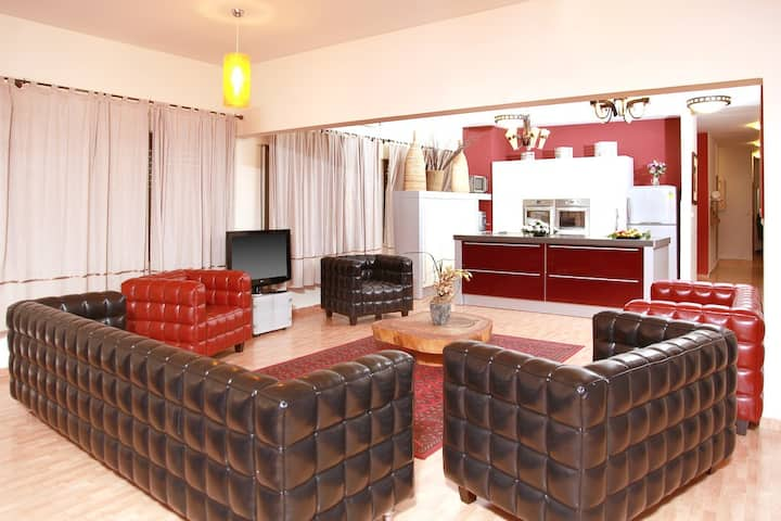 Shounit Villa