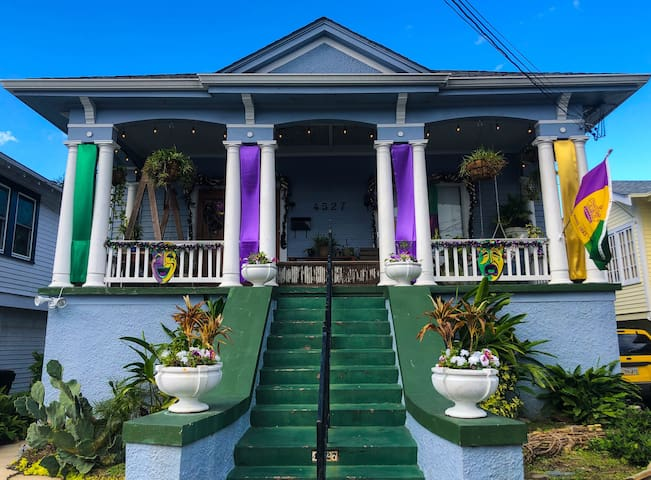 Vacation Rental Getaway in ❤️ of NOLA