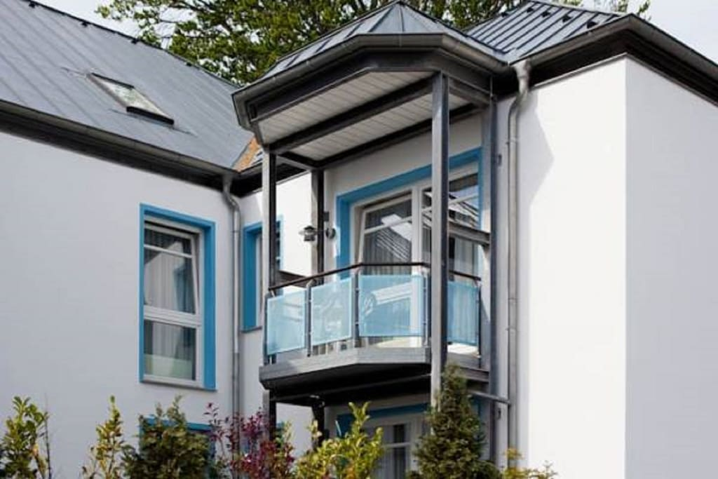 Außenansicht Haus Buchenhof mit Balkon
