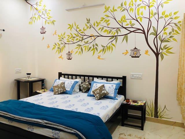 Anand Villa 3 BHK Service Apartment