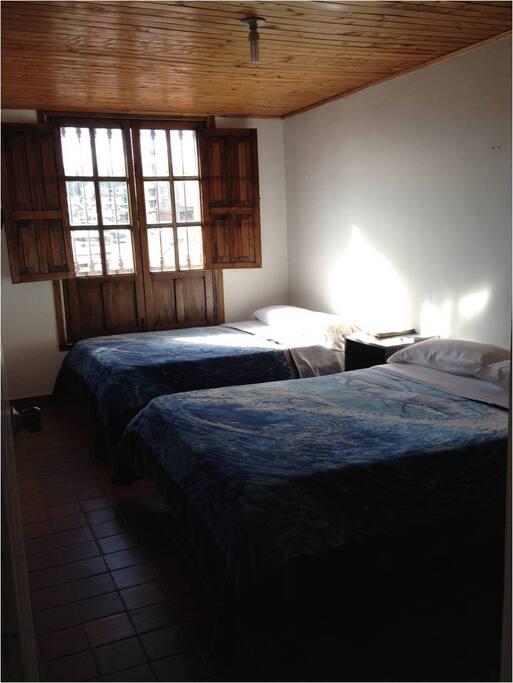 Habitación de 2 camas dobles