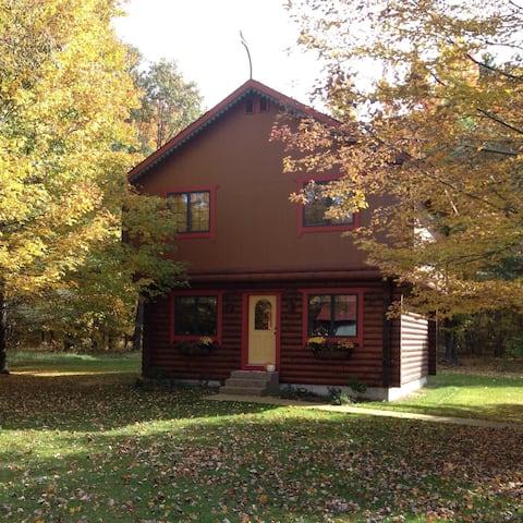 The Cardinal Nest - Norwegian Stabbur Guesthouse