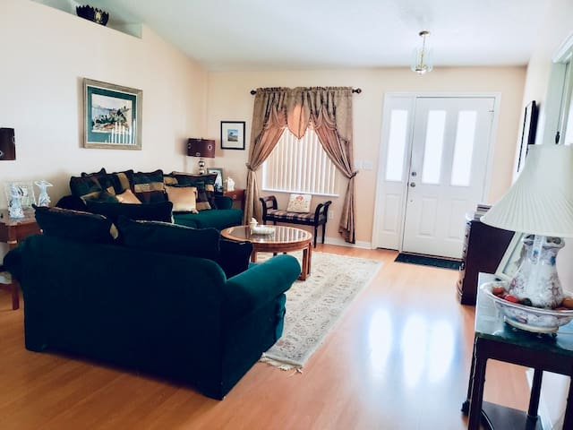 Private Room #2 Near St Augustine/Daytona/Orlando