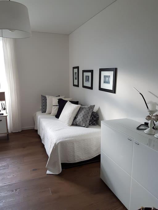 zusätzliches Schlafzimmer mit 1 oder 2 Einzel-Betten
