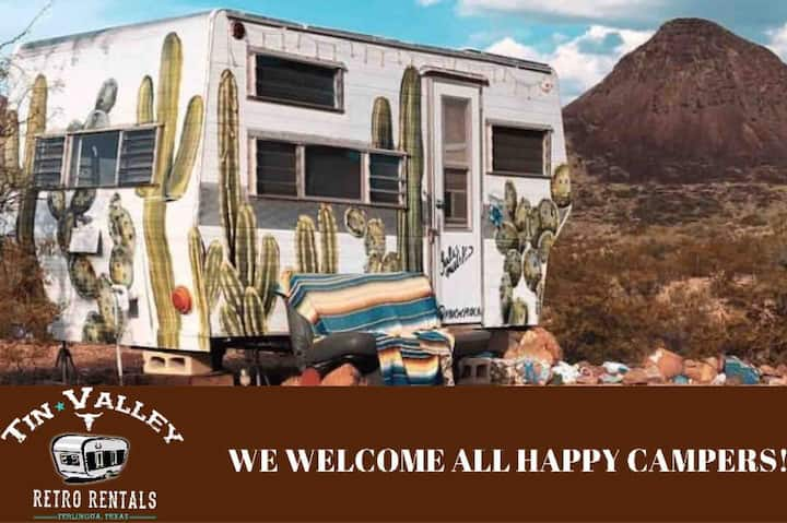 Cozy Cactus - Tin Valley Retro Rentals