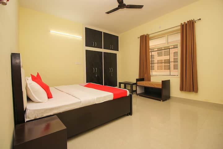 OYO Suit SMART Furnished Room in Dharamshala