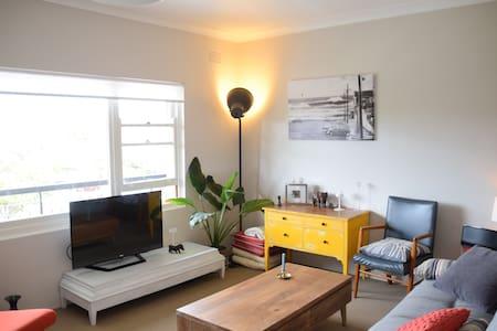 Stylish Beachside Apartment - 克羅納拉(Cronulla) - 公寓