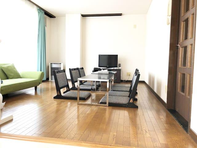 マンスリー・ウィークリーにお勧め札幌中心部に近く、上質で広い快適な空間2LDK 駐車場1台無料