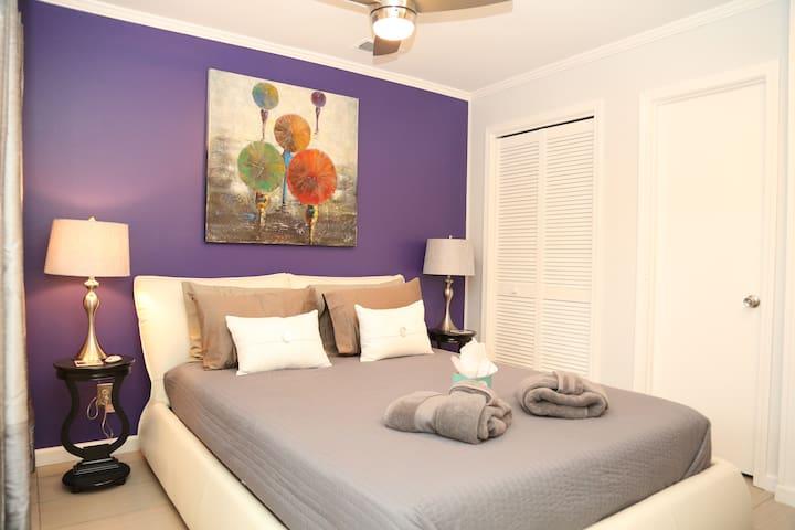 Modern Chic Ocean View Condo Ideal for Couples! - Hilton Head Island