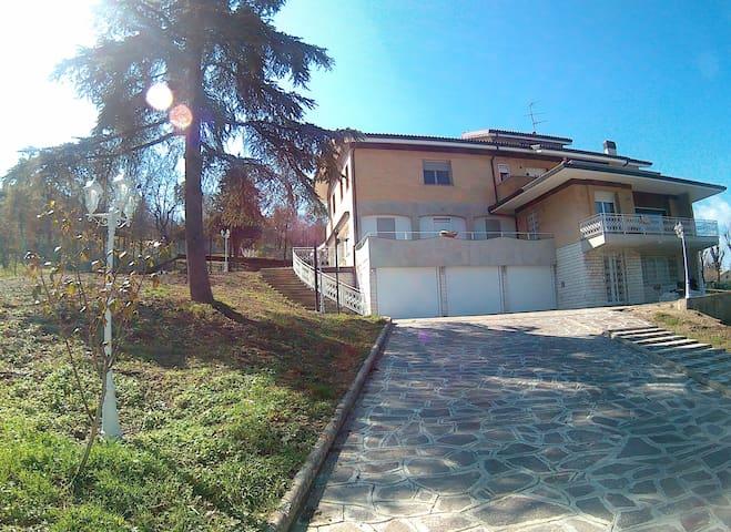 Maison Lilù, relax e lusso alle porte di Bologna