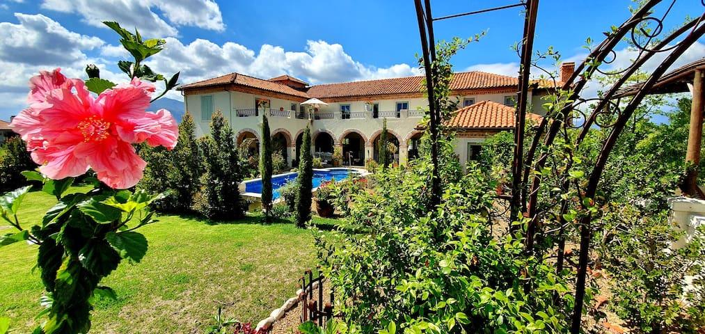 Winelands Tuscan Suite Simondium Cape Winelands