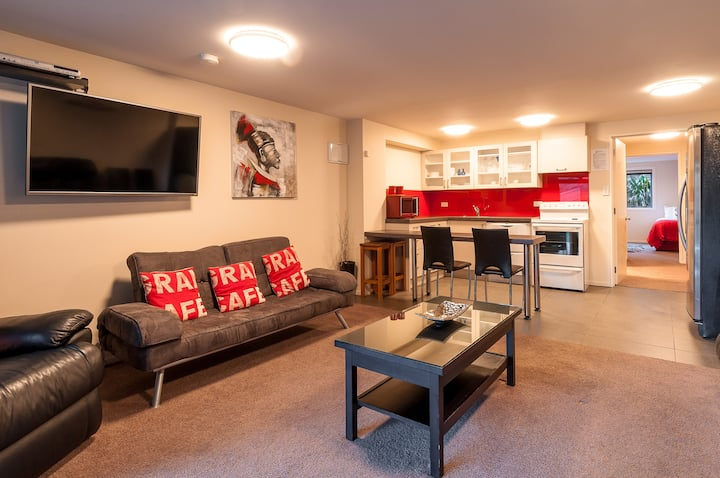 Coronet View Apartment (One Bedroom, 3 Guests)