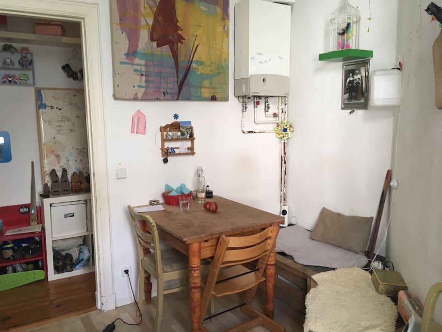 Küchenecke mit Sitzbank