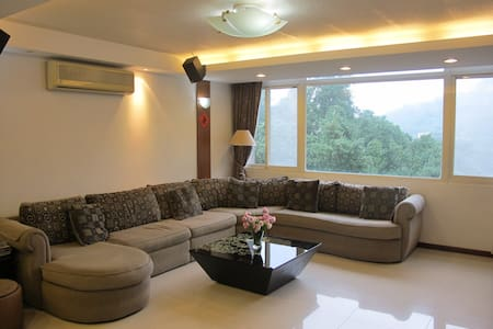 8 Rooms 360 Sqm Very Big Apartment Near Taipei 101 - Xinyi District