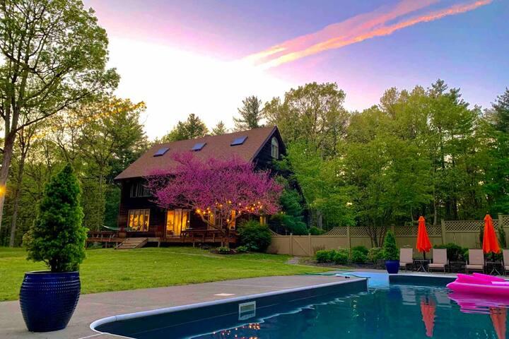 Woodland House, sleeps 10 in luxury