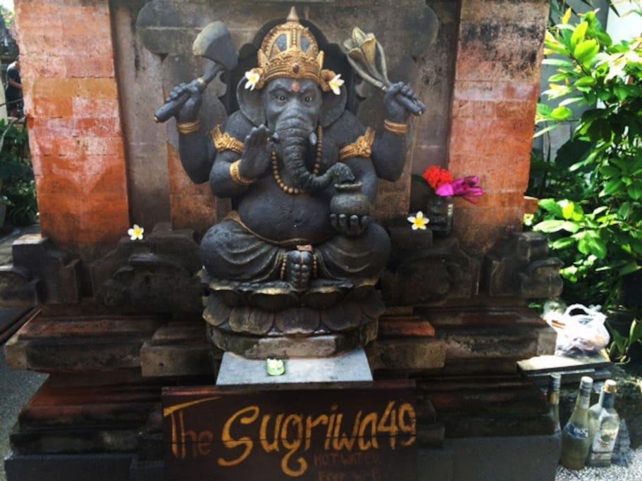 Ganesha welcomes you! Namaste!