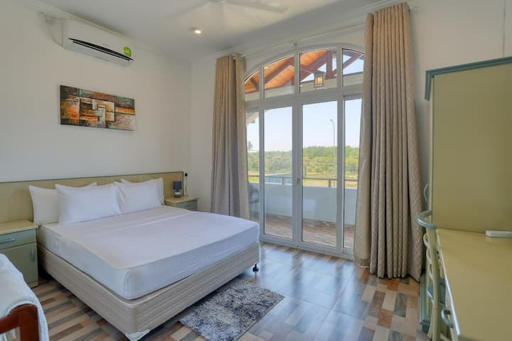 Forest View Double Room - 25% Off