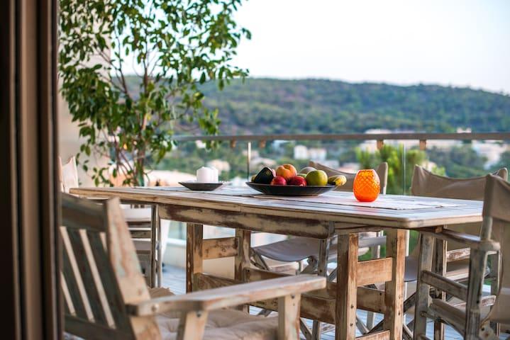 Saronida Home with beautiful seaview