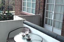 Double room in Art Deco Grade 2 Listed Building
