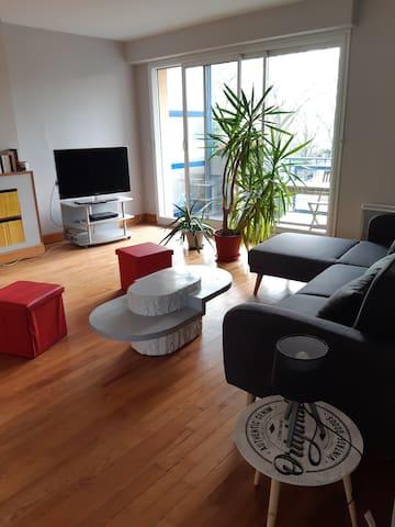 Appartement F2 hyper centre de Lorient.