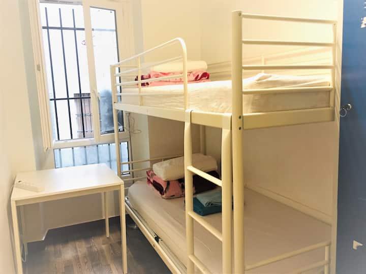 파리 장기 숙소  1인실