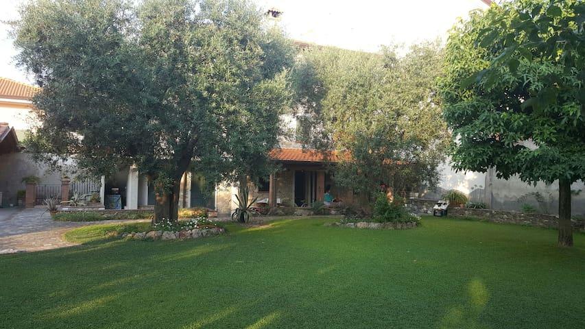 grazioso appartamento rustico - Ripa- Pozzi-Ponterosso - Appartement