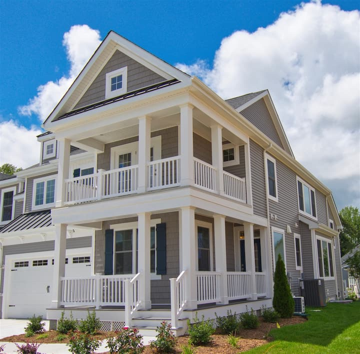 LEWES * COASTAL CLUB * BRAND NEW * LUXURY RESORT BEACH HOUSE * 5 BR, 3 Full Baths, 2 -   Baths   * Sleeps 12 19263 CAV