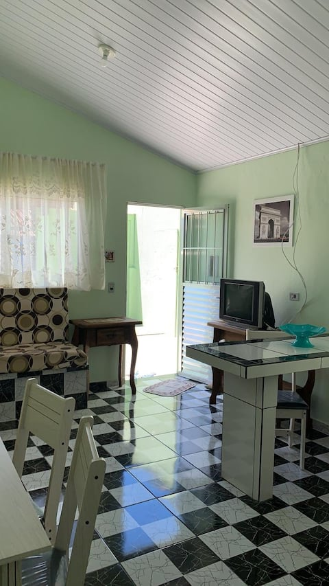 Casa - Balneário Icaraí - 1 quarteirão da praia !!