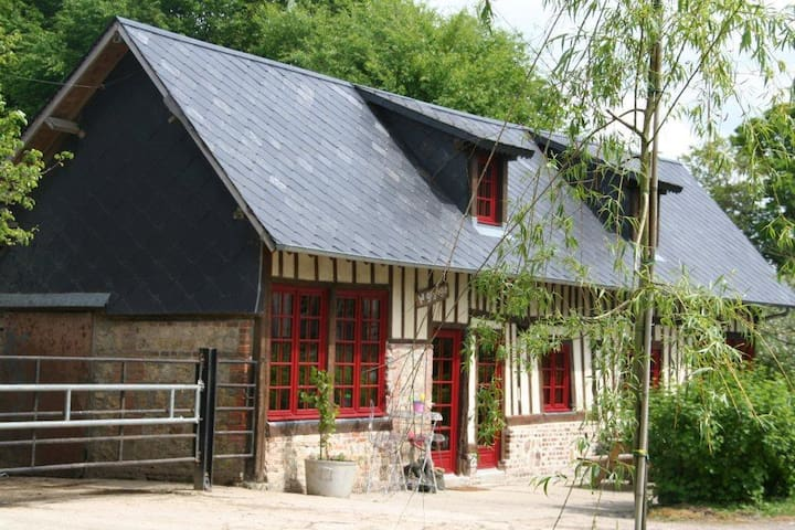 rust en activiteit op de boerderij - Bonnebosq - Blockhütte