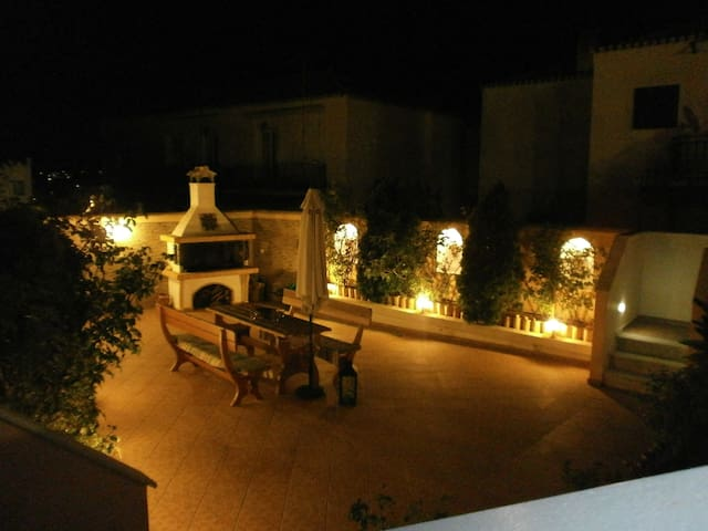 Spetses center comfy apartment - Spetses - Apartment