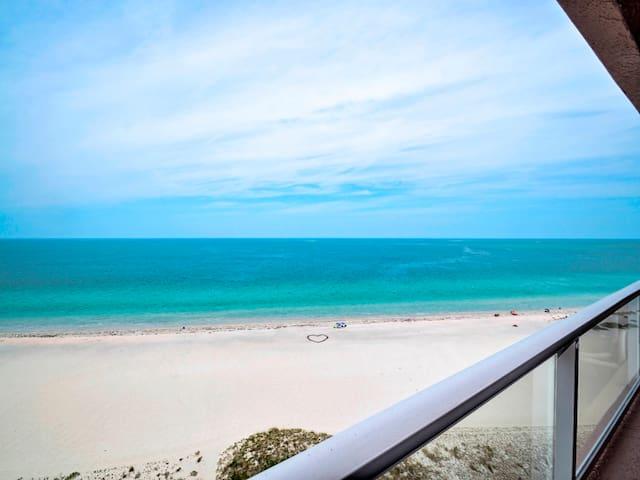 Crescent Beach Club 12E 12th Floor Beach Front Views