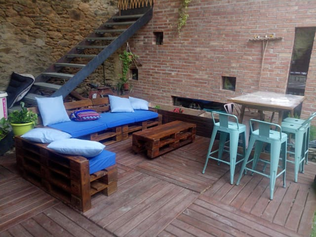 Seu d'urgell. Room in a renovated farm house