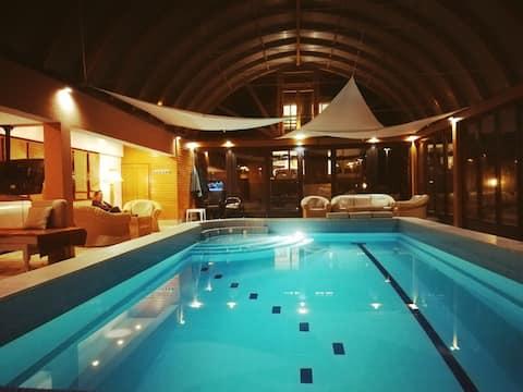 "Luxury Villa with pool ""Coast river"""