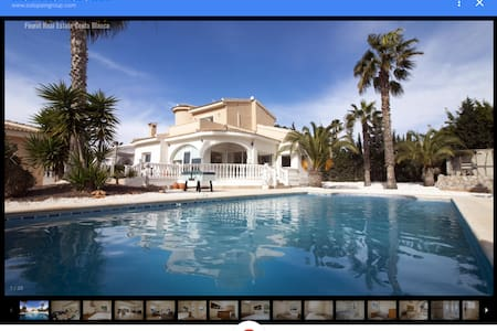 Stor drømme villa med svømmebasseng på egen tomt - Quesada - Talo