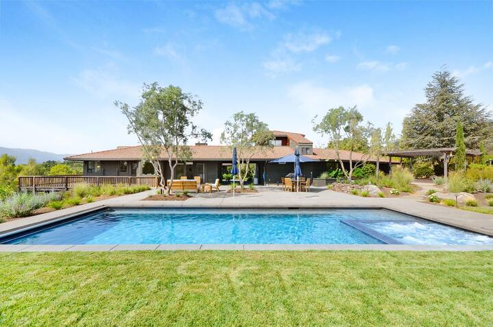 ***NEW***Sonoma Hilltop Estate with 3 Bedrooms and Pool
