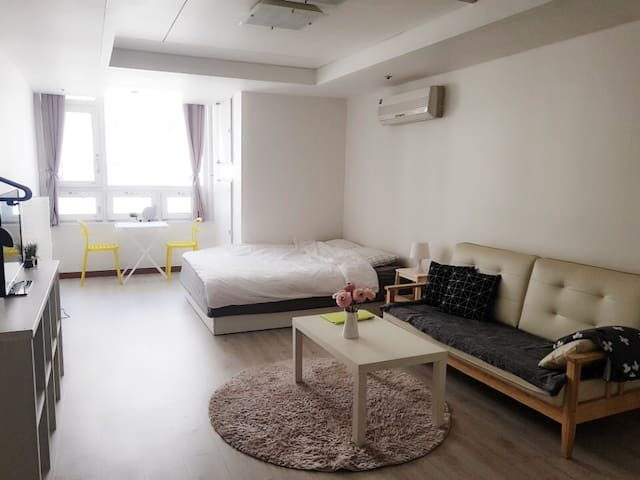 •IFC mall & KBS & Han River - Comfortable STUDIO•