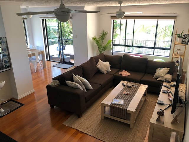 Beautiful apartment located in Coolangatta
