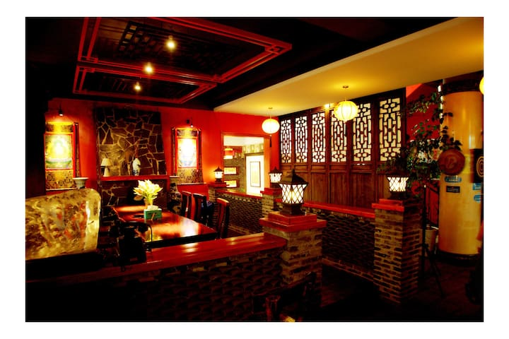 The Inn is antique and romantic. - Guilin - Hus