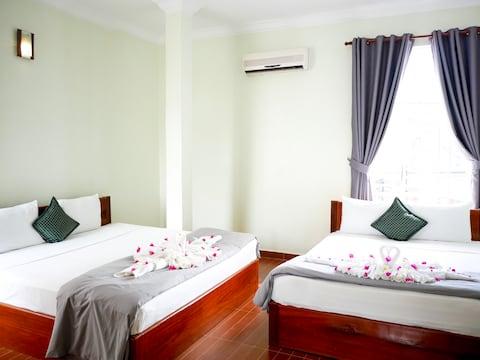 Blue Buddha Hotel - Family Room A/C