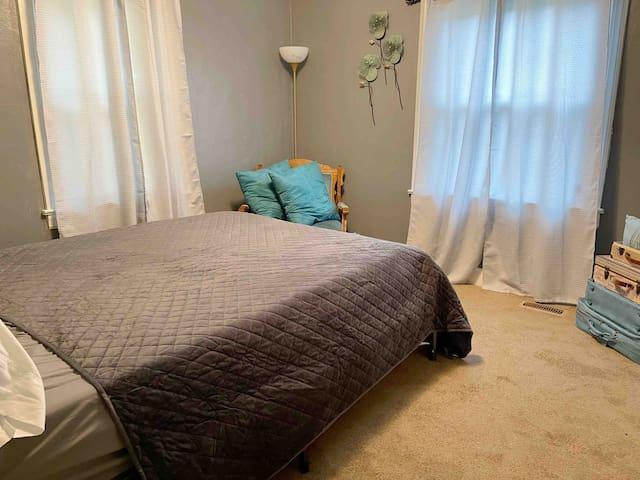 Bedroom #1 w/ Queen bed